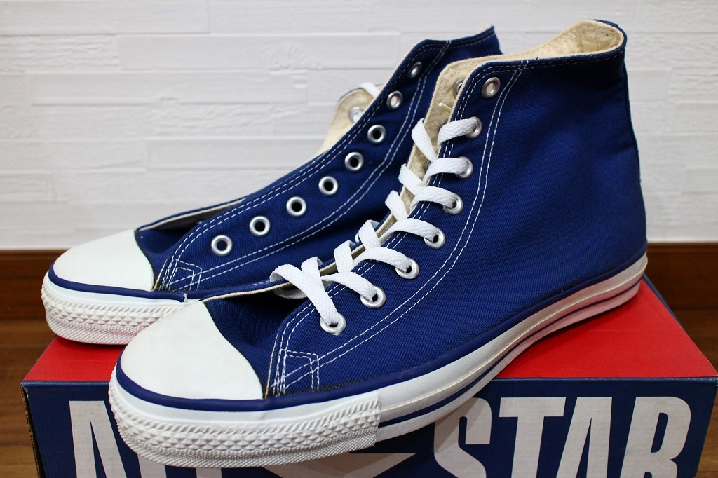 1ac5f57f3d20 size difference   dead USA made 90s Converse all Star HI navy (BLUE) right