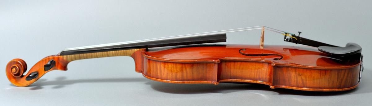 【希少品】Labeled Karl Hofner 4/4バイオリン Schoenbach Bohemia 1929 調整済み フィッティングパーツ新品交換済み _画像5