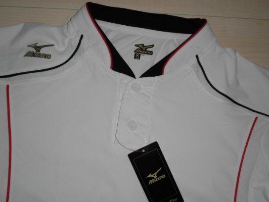 処分!新品ミズノ¥4000 Mizuno グローバルエリート ユニフォームシャツ ホワイトx襟ブラック サイズM_画像2
