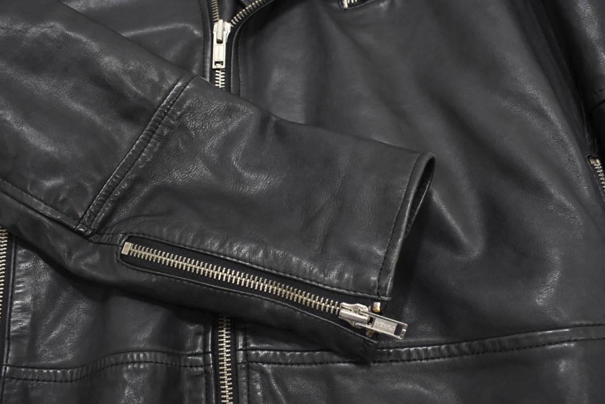 定価¥54,000 ギャップ GAP 羊革 ラムレザー バイカージャケット/ダブルライダース 中綿入り 黒/Lサイズ_画像7