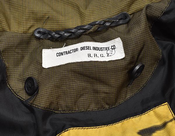 美品 定価¥72,360 ディーゼル DIESEL 「W-MAIN JACKET」メンズ グラデーションフォトプリントダウンジャケット Mサイズ_画像8