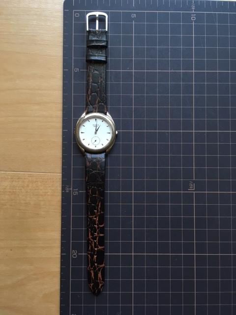 KK297 稀少 レア ヴィンテージ SEIKO/セイコー AVENUE アヴェニュー スモセコ ホワイト 2K23-6110 クオーツ メンズ 腕時計_画像2