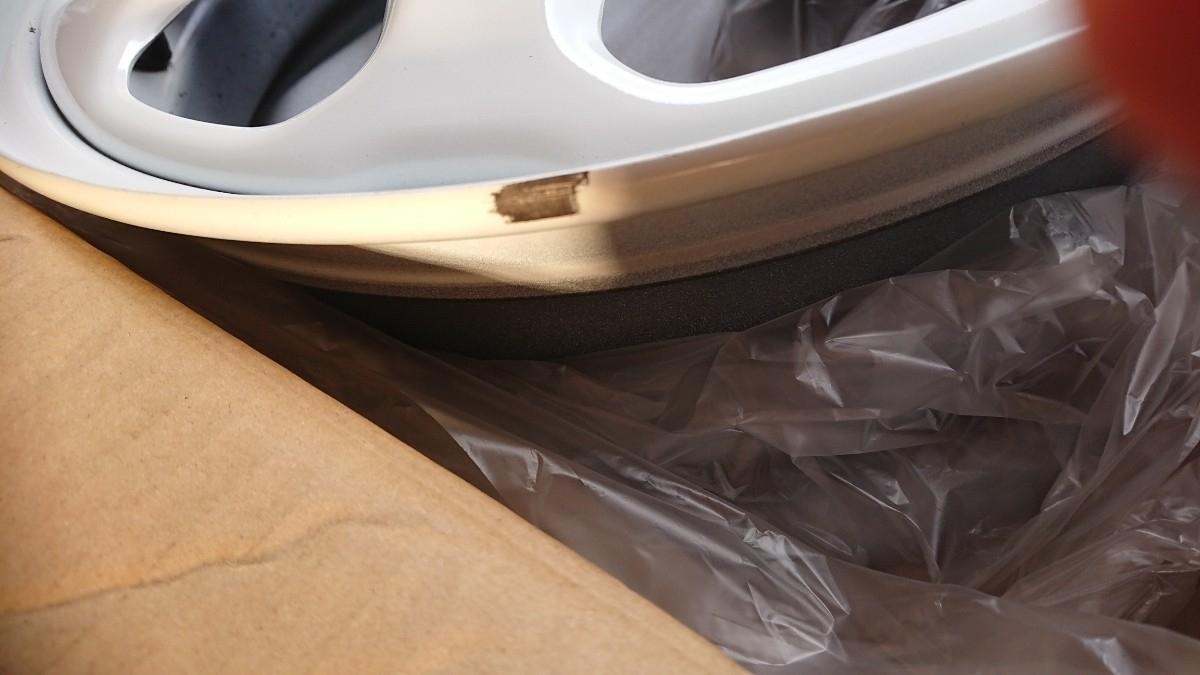 ハスラー 未使用に近い ホワイト ホイール 納車時に取り外し カスタムなどに 美品です(._.)__画像4