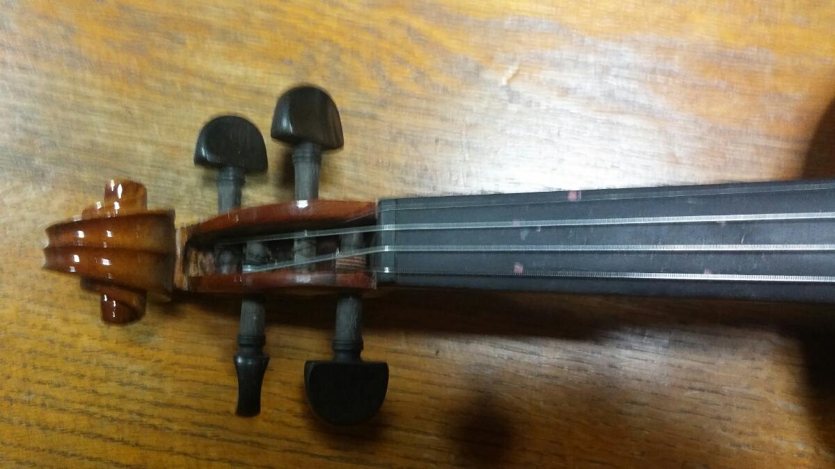 アントニオ・ストラディヴァリ/Antonius Stradivarius Cremonensis Faciebat Anno 1713 チェコスロバキア製 バイオリン 4/4_画像6