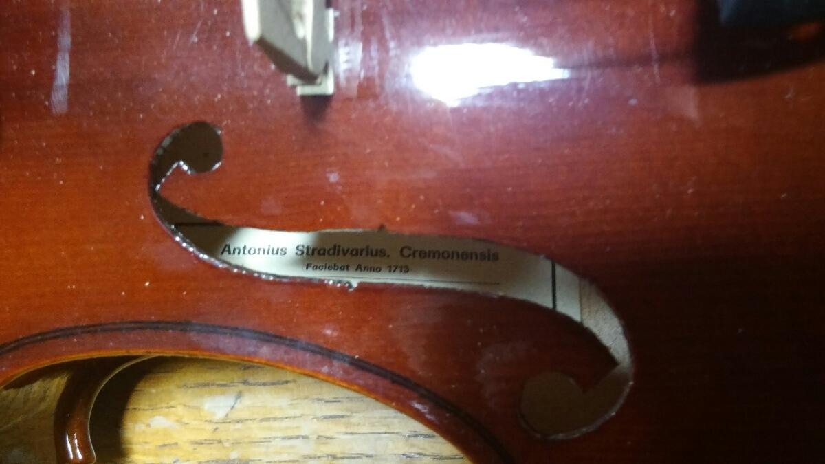 アントニオ・ストラディヴァリ/Antonius Stradivarius Cremonensis Faciebat Anno 1713 チェコスロバキア製 バイオリン 4/4_画像4
