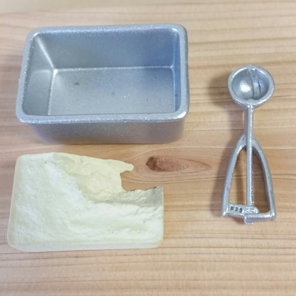 リーメント ぷちキッチン アイスクリーム ワッフル コーン 食玩 ドールハウス ままごとスイーツ ミニチュア_画像3