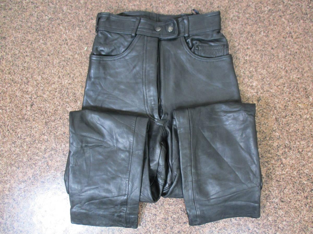 【中古】厚手のレザーパンツ 重量約1kg ウエスト約62cm Sサイズ W29インチ 黒/ブラック 革パンツ 本革製 極厚 ライダース_画像1