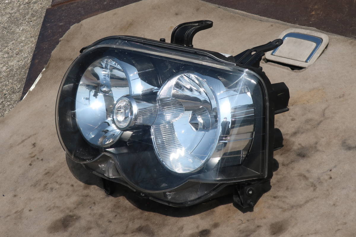 H17 CBA-L152S / L150S / L160S MOVE ムーブ ムーヴ カスタム RS 後期 純正 左側 HID ヘッドライト Assy / 100-51786_画像3