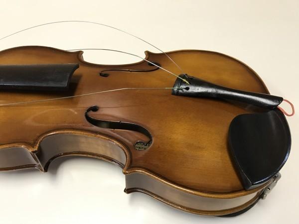 ジャンク品 Kiso Suzuki Violin Copy of Antonius Stradivarus Anno 1973 №9 破損品 ケース付き_画像3