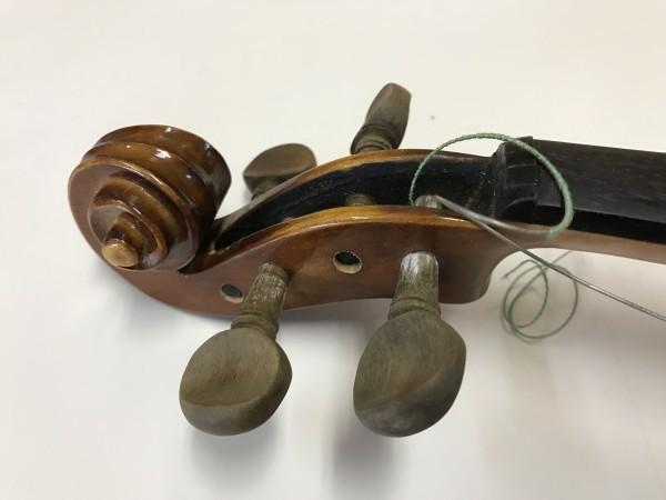 ジャンク品 Kiso Suzuki Violin Copy of Antonius Stradivarus Anno 1973 №9 破損品 ケース付き_画像5