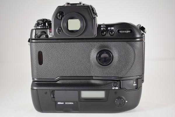 未使用 Nikon ニコン F5 オートフォーカス 一眼レフ フィルム カメラ ボディ 元箱 取説 付属品付 DAI-1107_画像6