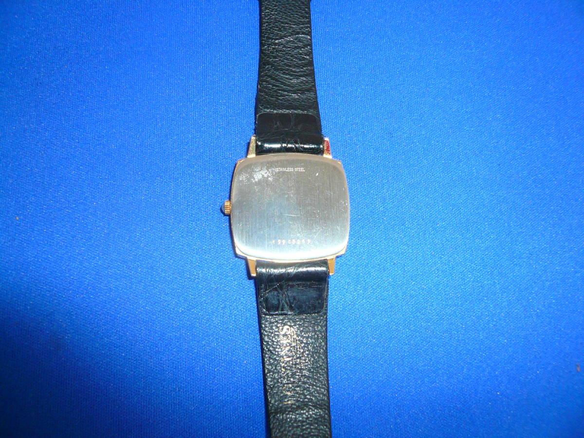 W2)処分価格 即決送料不要 シチズン クオーツ腕時計 ゴールド_画像4