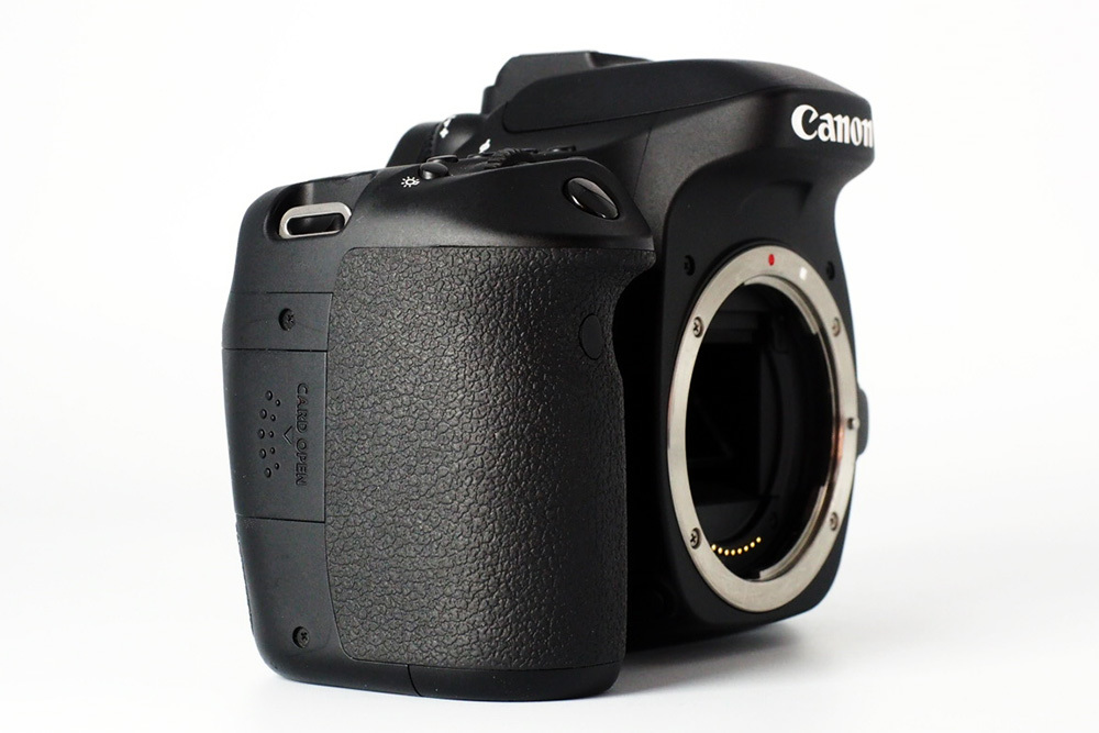 【S数4150回の極上品★完璧付属品プラス豪華セット】Canon キヤノン EOS 80D 標準 望遠 単焦点 トリプルレンズセット=SDカード付で即撮影可_画像4