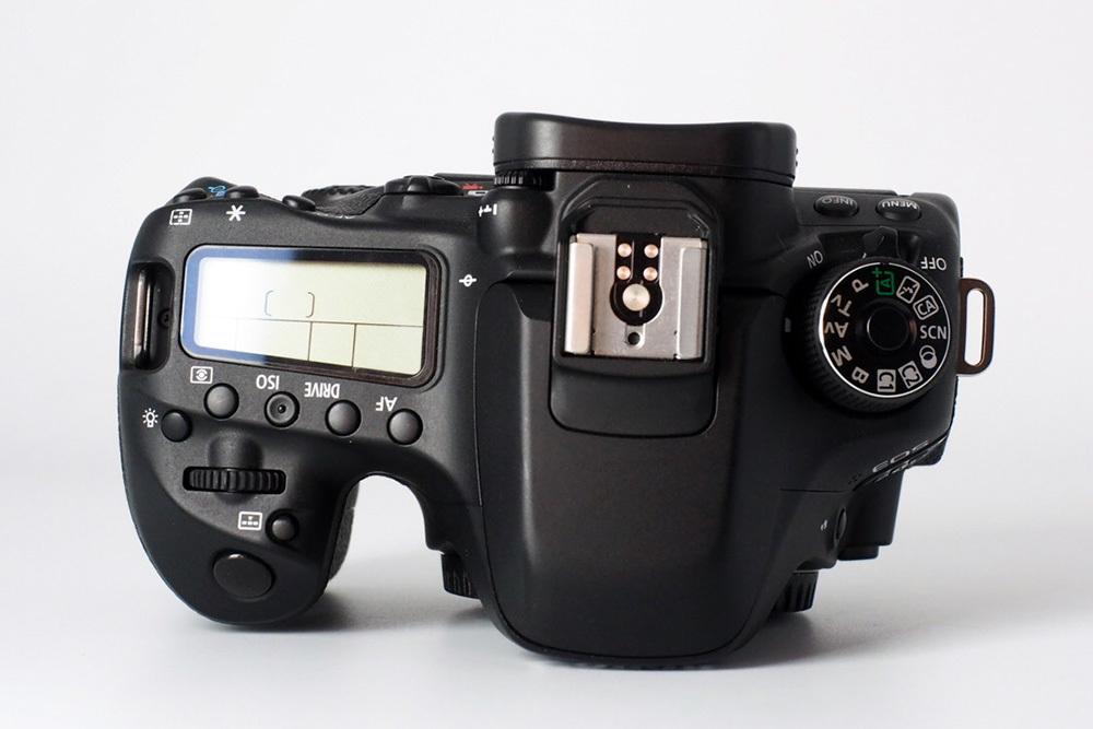 【S数4150回の極上品★完璧付属品プラス豪華セット】Canon キヤノン EOS 80D 標準 望遠 単焦点 トリプルレンズセット=SDカード付で即撮影可_画像7