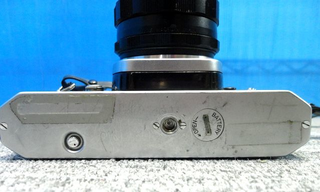 【YU564】ASAHI アサヒ PENTAX ペンタックス フィルム一眼レフカメラ SPOTMATIC SP TAKUMAR F3.5/35mm マニュアルフォーカス レトロ 写真 _画像4