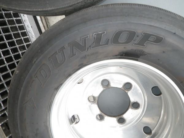 タイヤ付きアルミホイールセット 9R19.5  ダンロップ DUNLOP DECTES SP122 14PR 2016年製造  _画像9