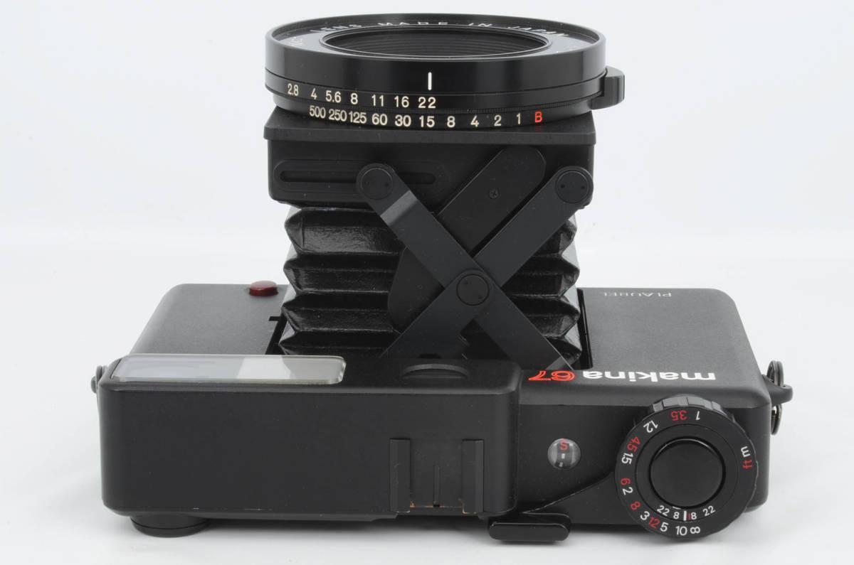◆美品 PLAUBEL プラウベル Makina 67 マキナ 中判カメラ フード フィルター付き (333-R64)_画像2