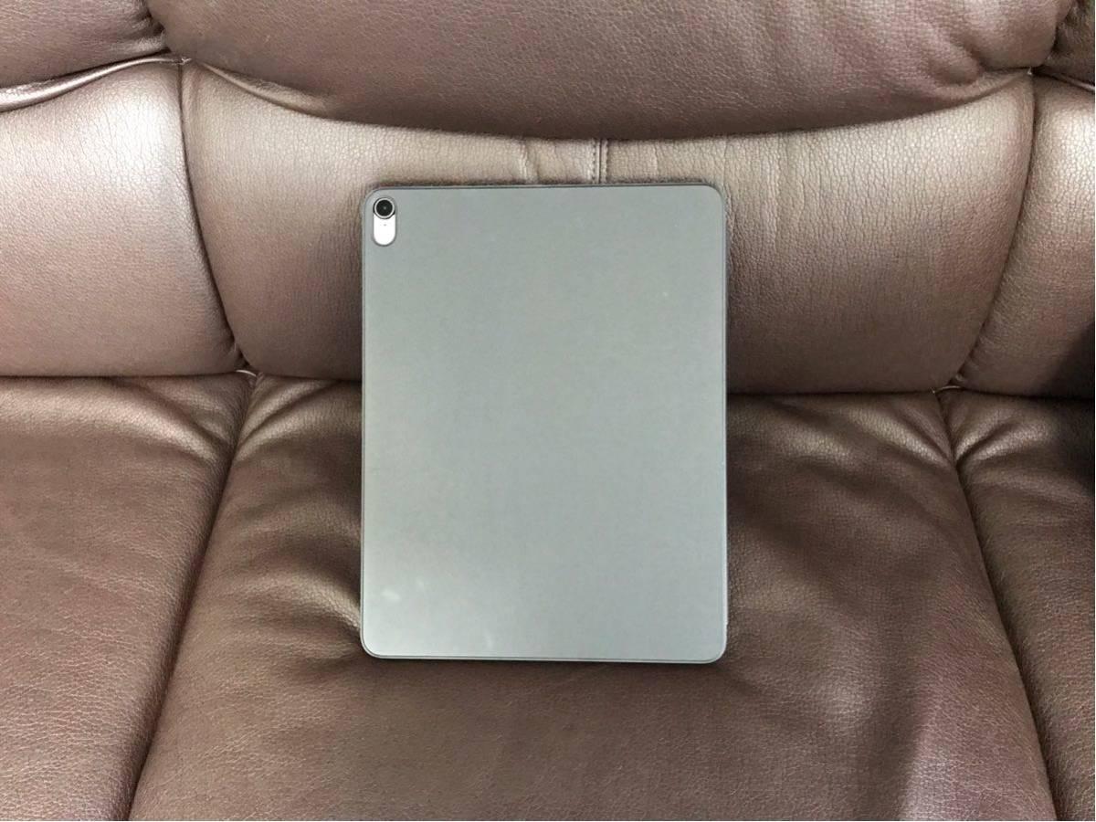 新品同様 SIMフリー iPad Pro 12.9インチ Wi-Fi Cellular 1TB 国内アポスト購入 第3世代 スペースグレイ MTJP2J/A 純正カバー フィルム付_画像6