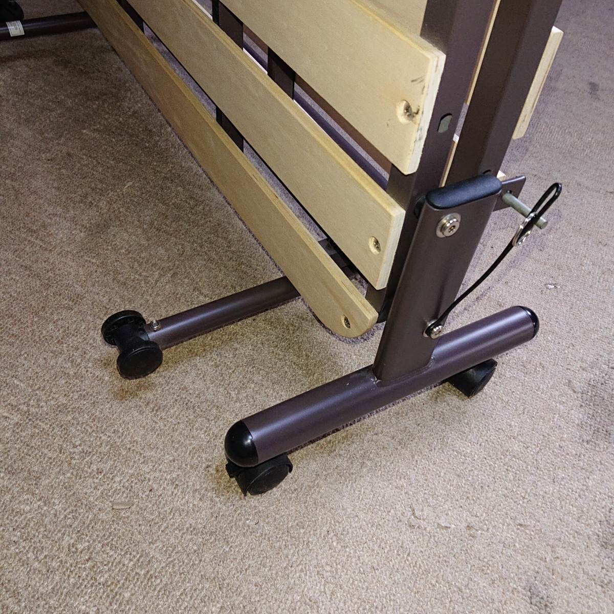 ニトリ 折り畳み ベッド 簡易ベッド すのこ式 中古_画像6