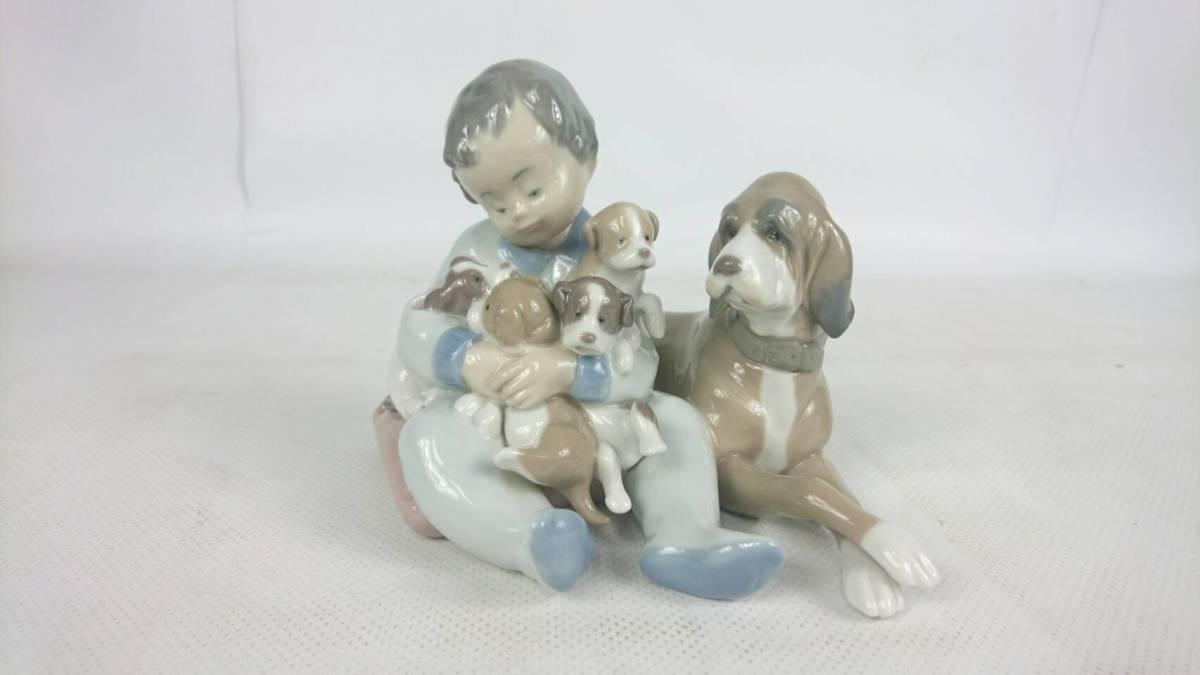 [84]LLADRO リヤドロ 少年 犬 「みんなお友達」 5456 陶磁器 高さ約12cm 廃盤 箱無し_画像1