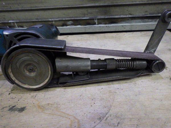 f163 マキタ 30㎜ ベビーサンダー 9030 ? ベルトサンダー 小型サンダー 仕上 makita 中古_画像8