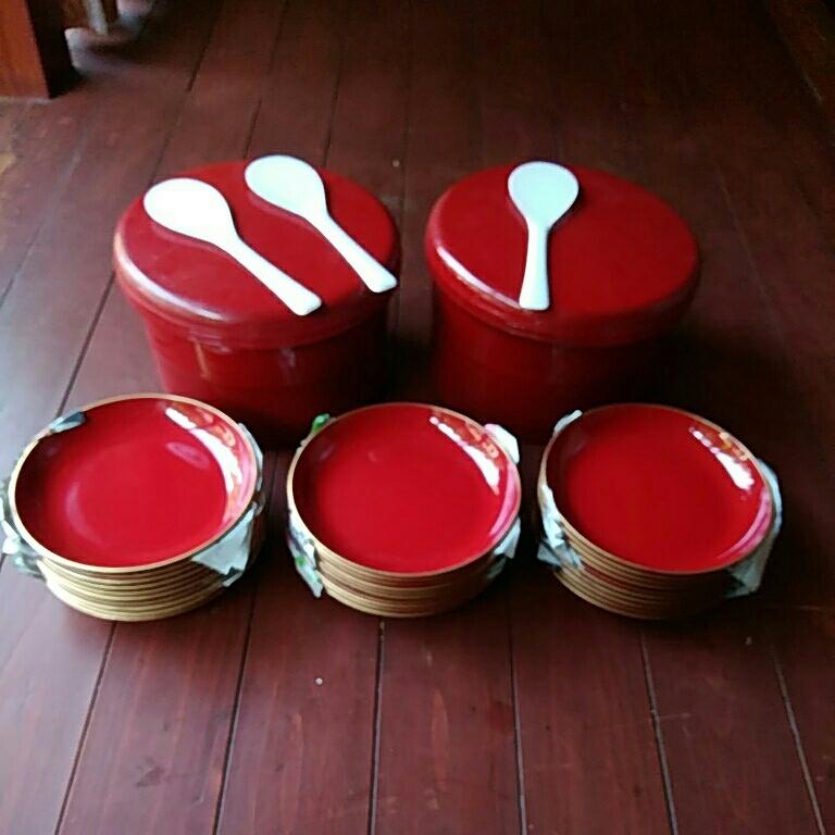 皿、30枚、漆塗り、飯ばち、2つ、漆塗り写真見てお願いいたします、よろしくお願いいたします。_画像1