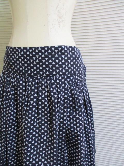 2)9号M* イタリア製 マーブルシュッド SUD スカート_画像6