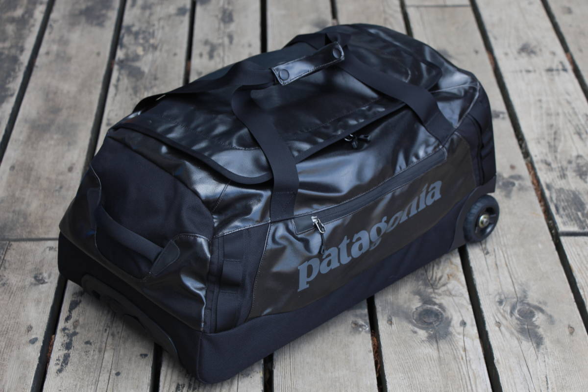 美品 PATAGONIA パタゴニア キャリー バッグ トローリー 旅行用 ブラックホール ウィールド ダッフル 45 アウトドア キャンプ スノーボード