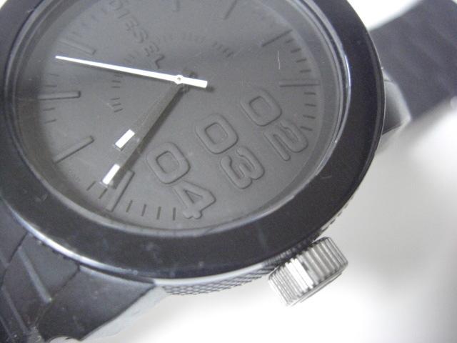 ★ディーゼル DIESEL DZ-1437 クォーツ腕時計 ラバーベルト 中古★に132_画像4