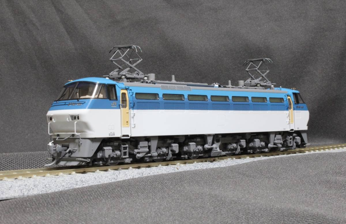 《走行僅少・美品》 TOMIX  HO-137  JR EF66-100形電気機関車(前期型) パンタ塗装 手すり・ステップ・手掛け金属製_画像2
