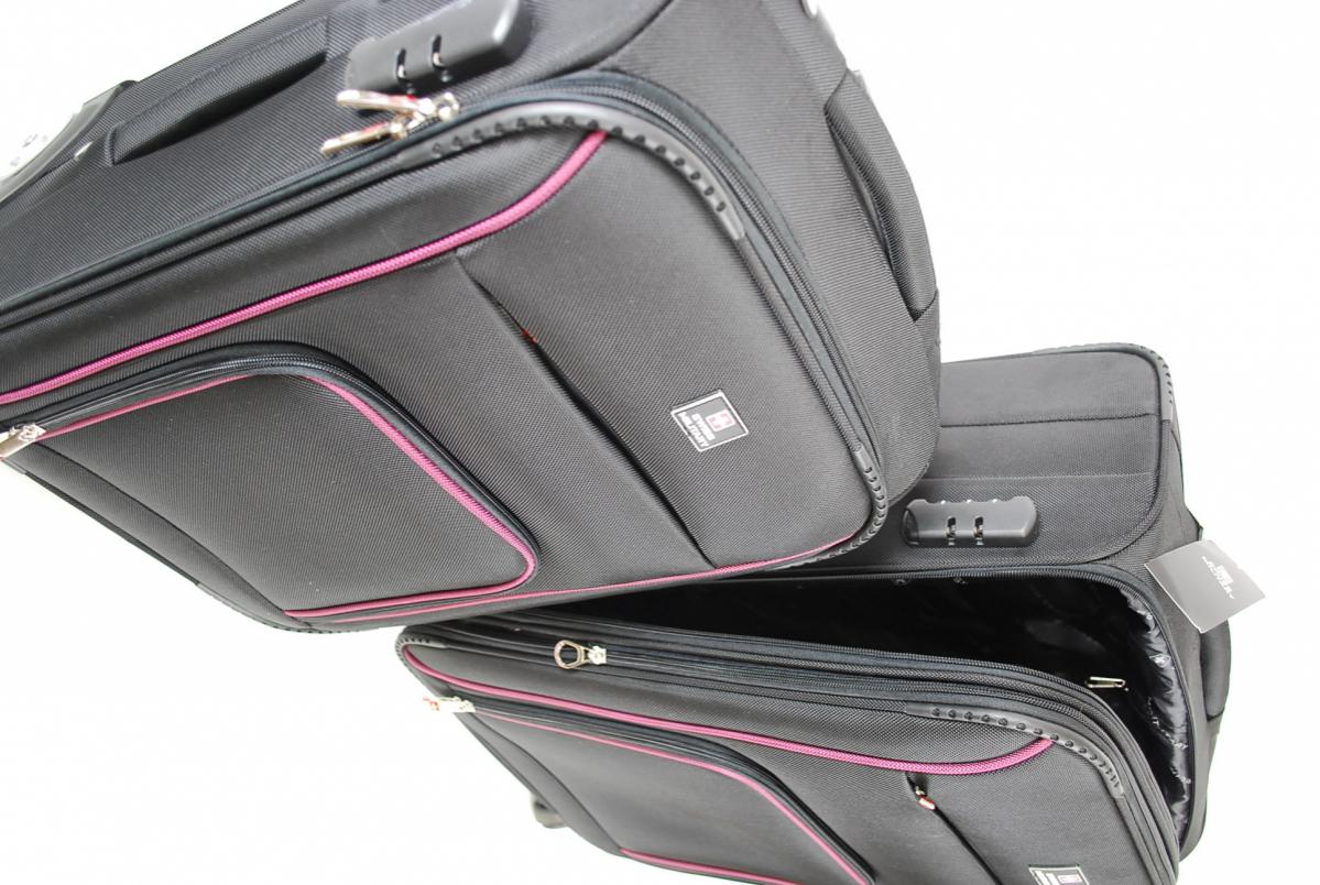 72PGN 【美品】 SWISS MILITARY スイスミリタリー スーツケース 5点セット ボストンバック パスポートバッグ ケースカバー ポリエステル_画像4