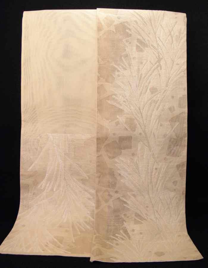 【帯喜楽】夏帯●美品●芯なし袋帯●美品●薄ベージュ透かし織に銀糸葉繋ぎ_画像10
