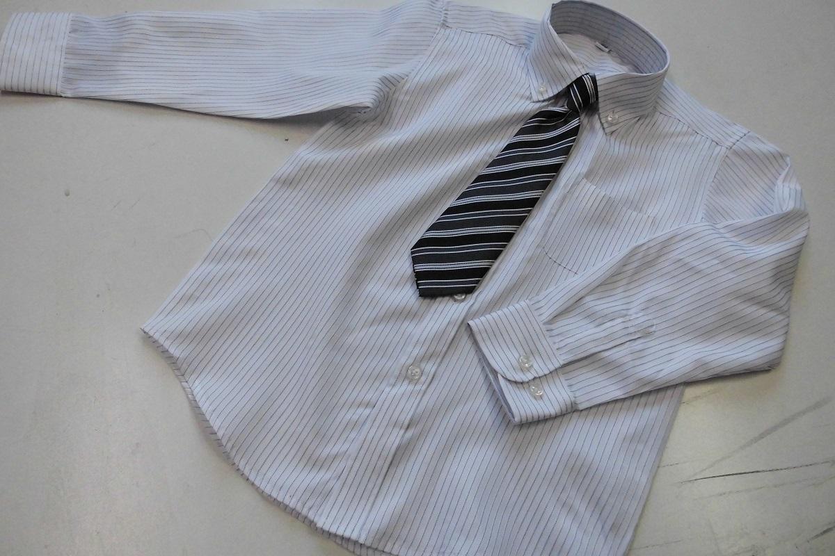 新品 120cm 送料182円 ネクタイ付シャツ 白地ストライプ tad36_画像1
