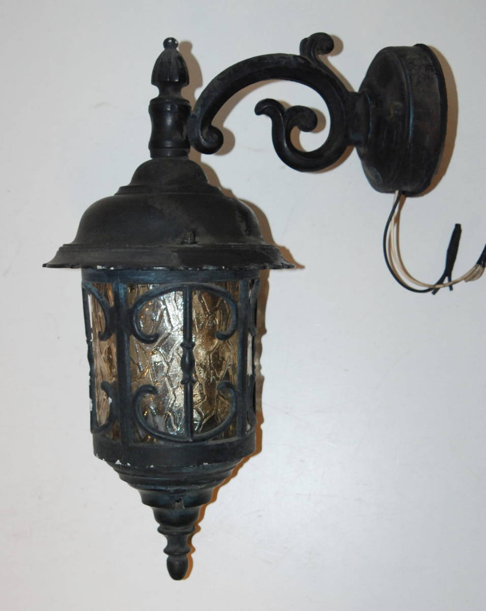 レトロ モダン アンティーク ウォールランプ ブラケットライト 色ガラス 照明 玄関 外灯 壁掛け 洋館