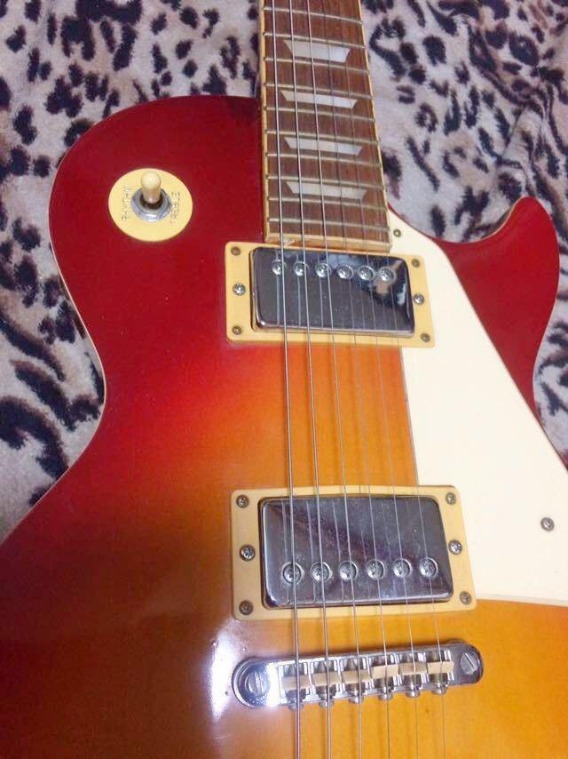 レスポールタイプのエレキギター_画像2