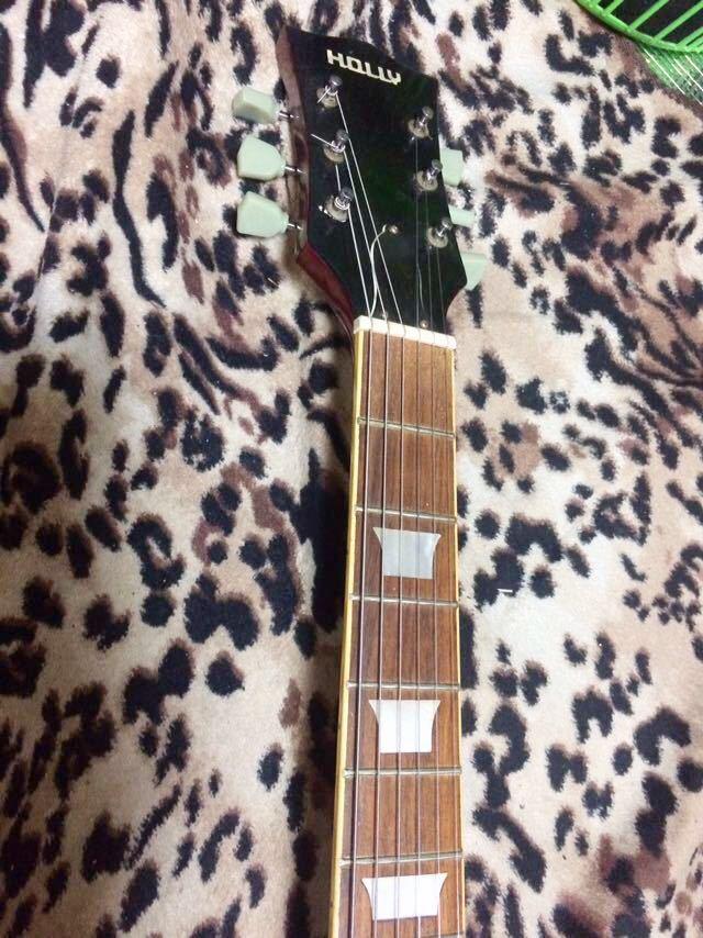 レスポールタイプのエレキギター_画像3