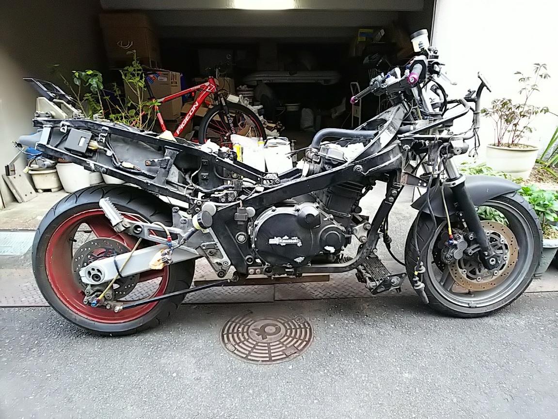 「カワサキ KAWASAKI GPZ1000RX 部品取り車 足回りカスタム 現状車etc」の画像1