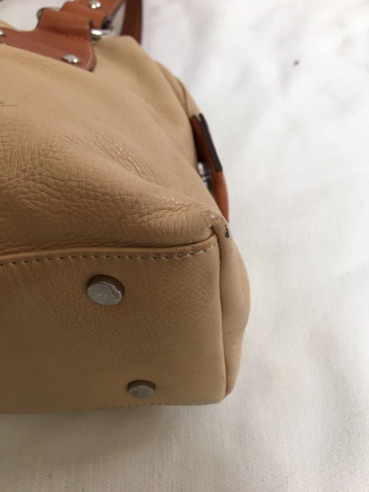 【美品】Dissona ディソーナ イタリア製本革ハンドバッグ ベージュ お洒落 肩掛け可 底鋲有 良質 激安!_画像8