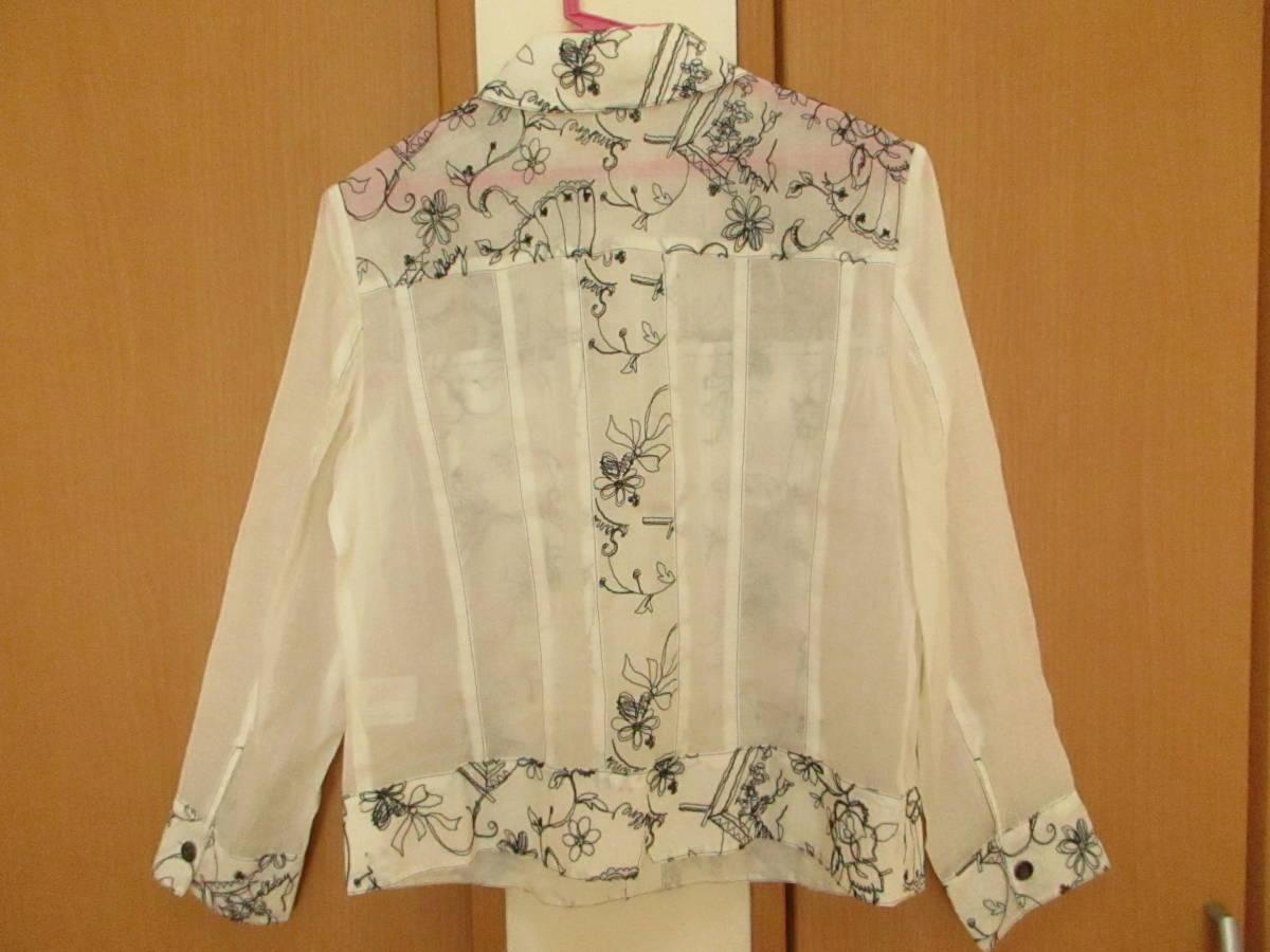 新品同様に綺麗★ジオン商事 Chamois シャミー 刺繍がお洒落です しわ加工 ブラウス ジャケット 日よけ、冷房よけ サイズ40_画像7