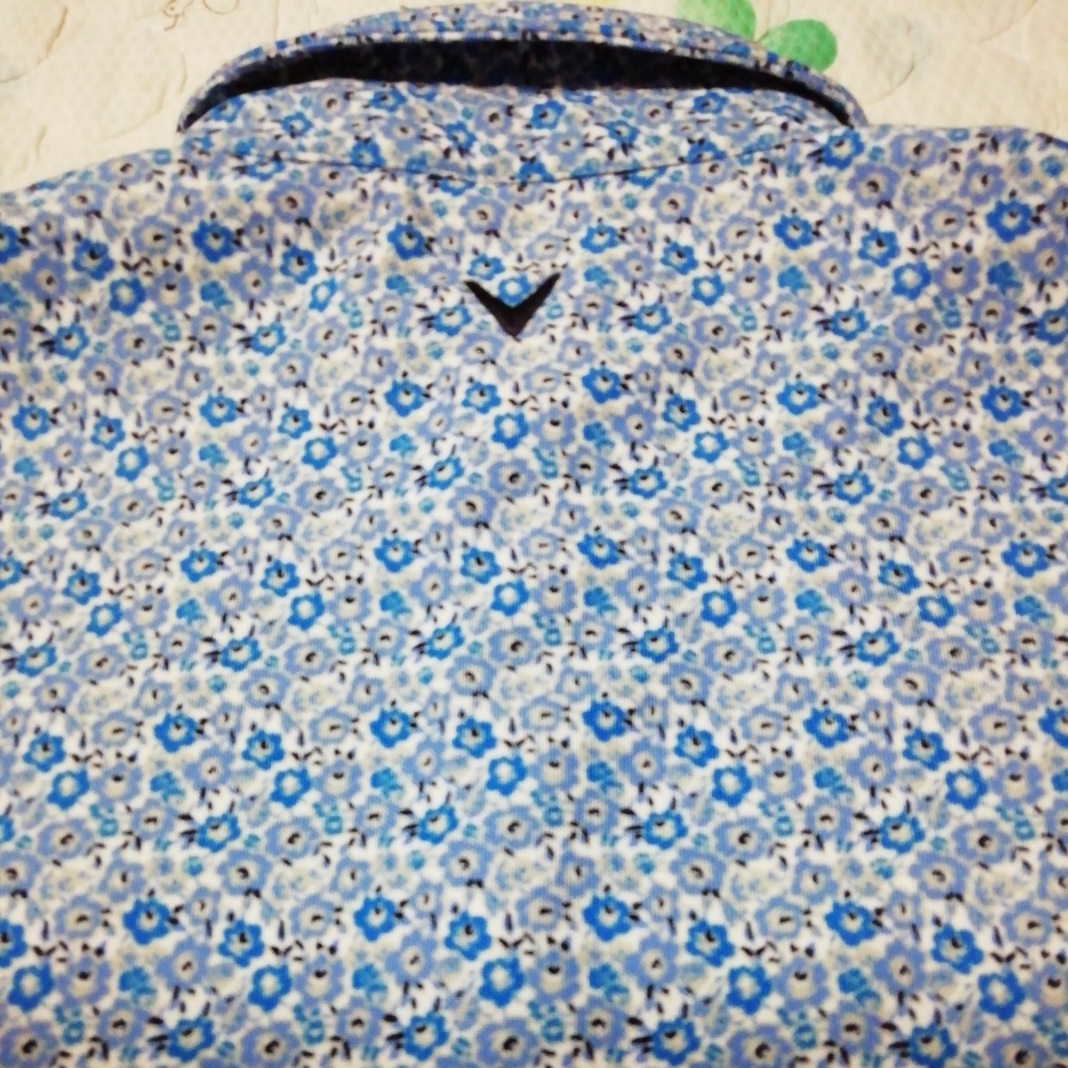 美品 キャロウェイ 小花柄半袖ポロシャツ LL_画像4