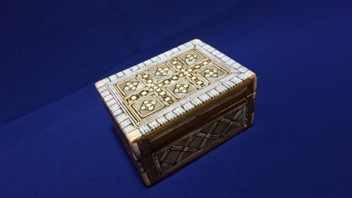 アンティーク 木製 小物入れ_画像1