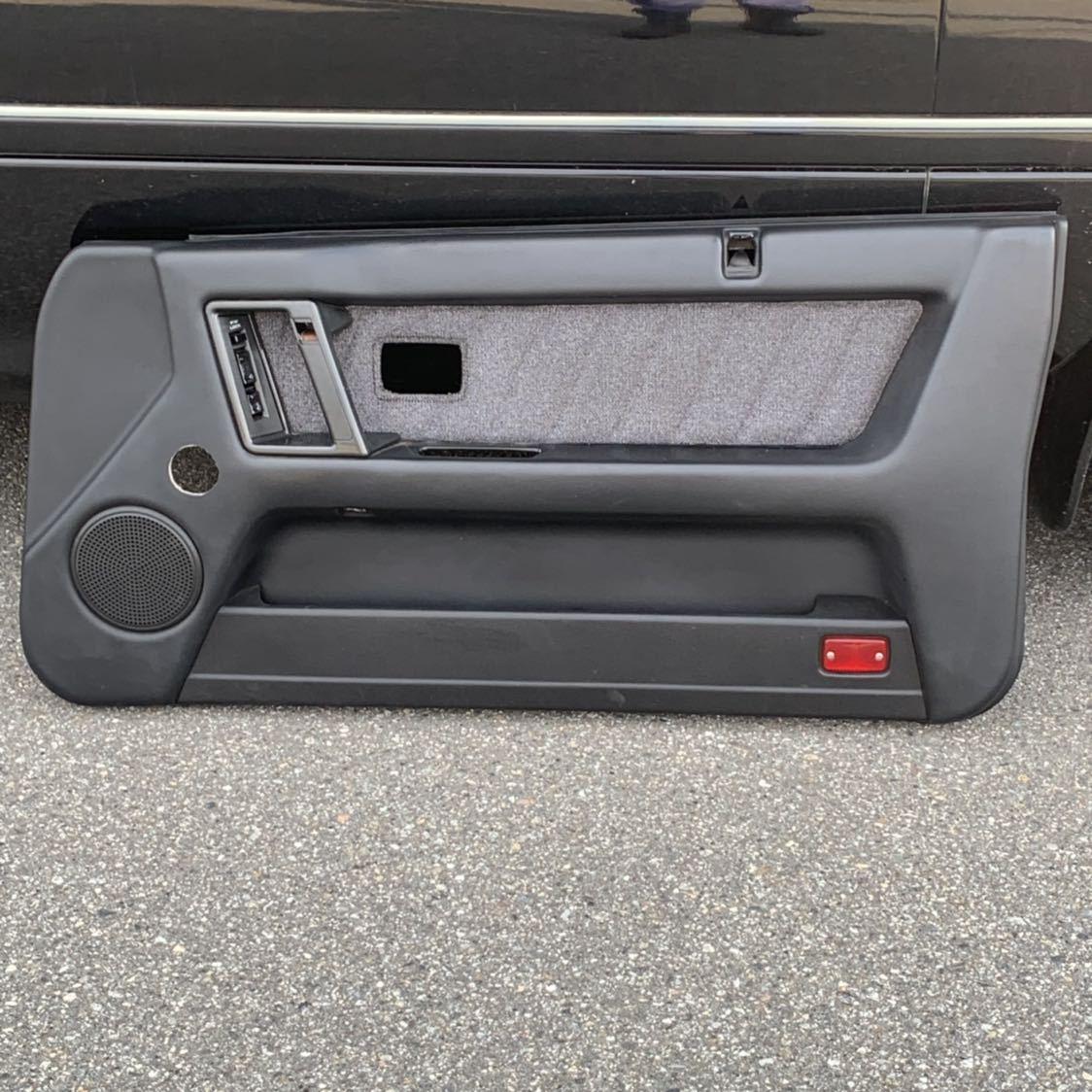 HR31 R31 スカイライン 2ドア GTS-R 右側 ドア内張り 穴あけ有り 限定車 ニスモ仕様_画像1