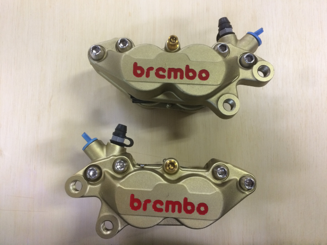 Brembo フロントキャリパー 40mm