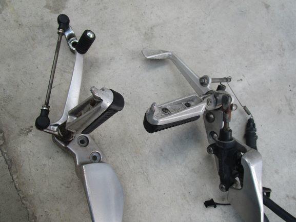ヤマハXJR400R rh02Jステップ。ペダル、ブレーキ回り一式 ブレンボ(検索XJR4004HM)_画像4