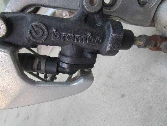 ヤマハXJR400R rh02Jステップ。ペダル、ブレーキ回り一式 ブレンボ(検索XJR4004HM)_画像2