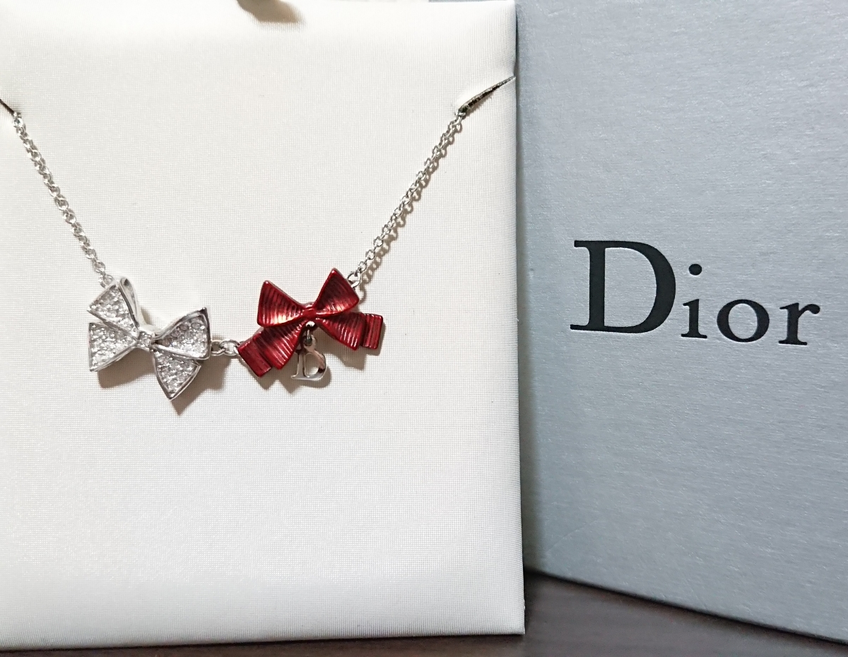 Christian Dior クリスチャン・ディオール 美品 赤 リボン シルバー色 ネックレス
