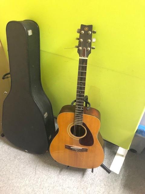 1円スタート YAMAHA FG-200 アコースティックギター