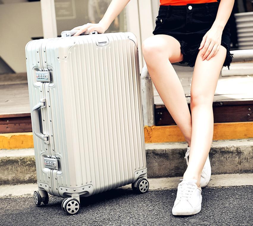 【定価30万】高品質 アルミマグネシウム合金キャリーケース 機内持ち込み可スーツケース TSAロック搭載 ビジネス トラベルバッグ 20インチ_画像2