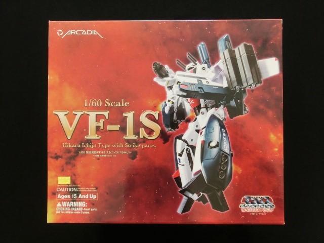 美品【1/60完全変形VF-1Sストライクバルキリー・一条輝搭乗機】マクロス
