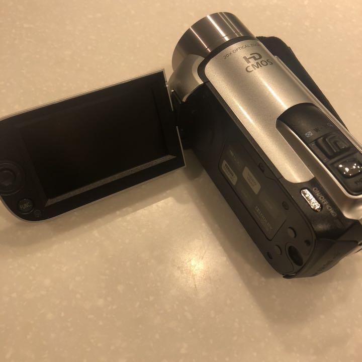 1円~Canon デジタルビデオカメラ iVIS HF R11 スノーシルバー IVISHFR11SL_画像2